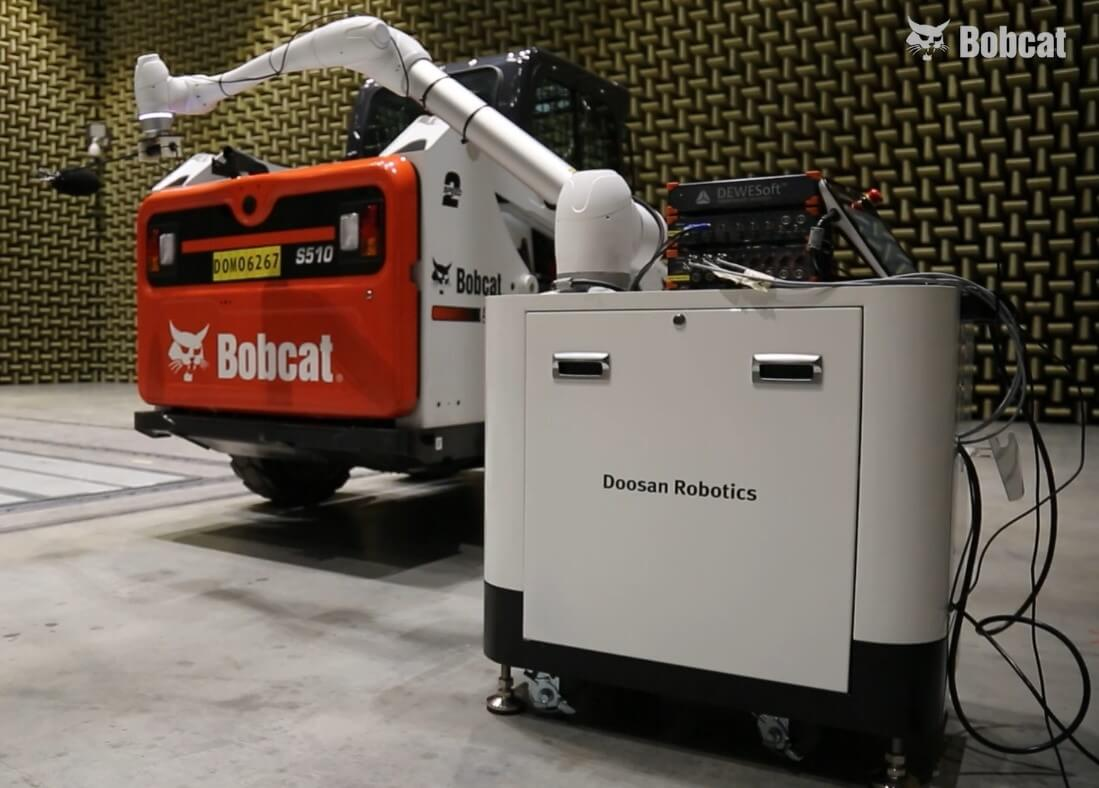 Sound measurement on the Bobcat loader with Dewesoft data acquisition systems