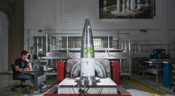 Structural Testing of Rocket Nose Cone Using Sine...