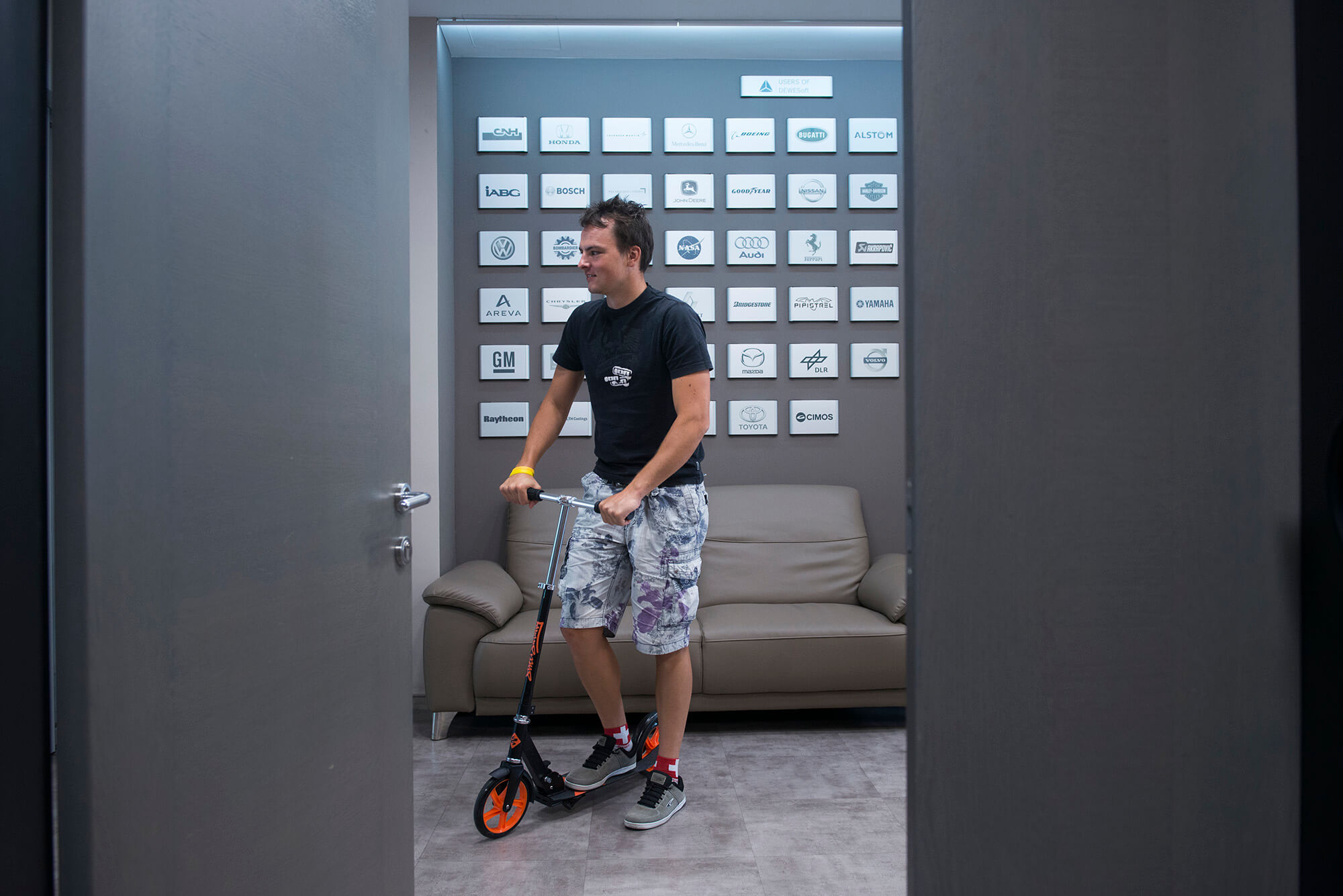 Dewesoft Scooters